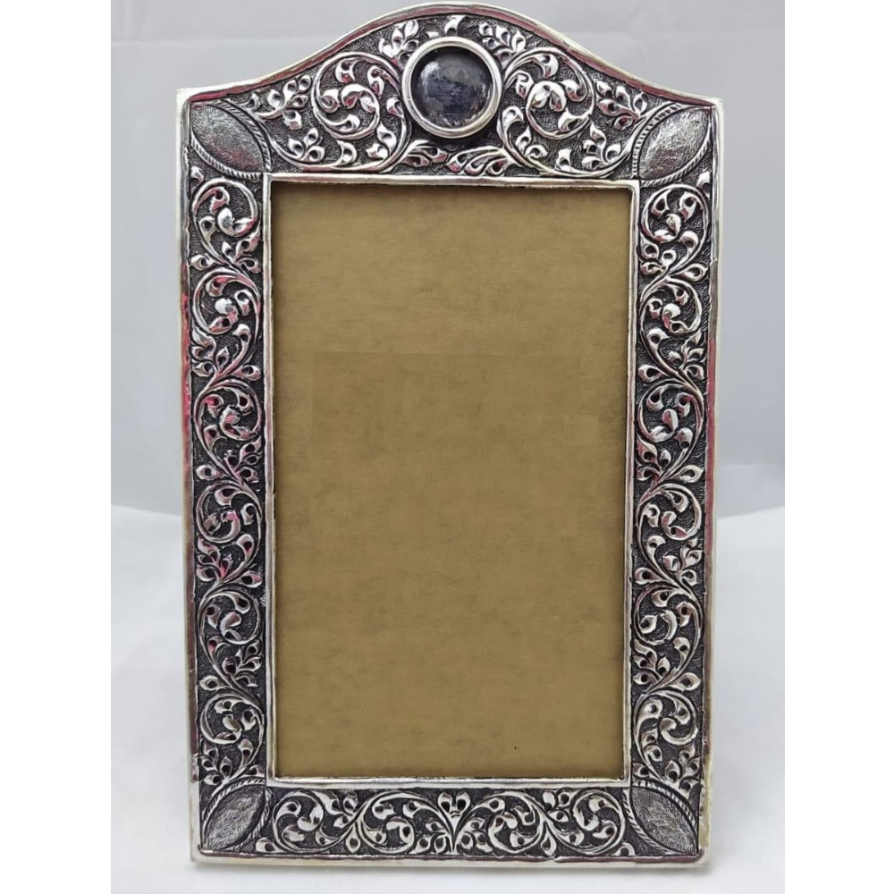 Pure silver photo frame in deep carvings in antique pO-171-16