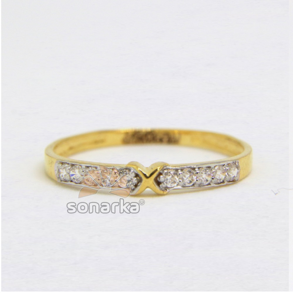 22ct Hallmarked Yellow Gold Ladies Wedding Band with CZ Diamonds