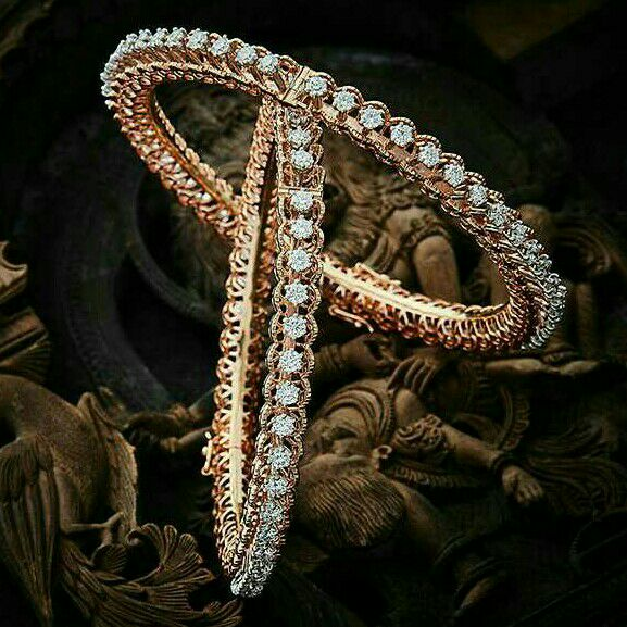 18KT Rose Gold Modern Designer Diamond Bangle