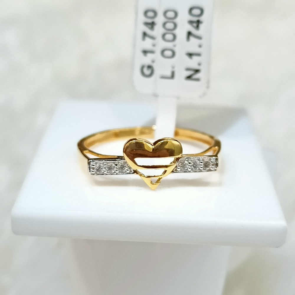 22 KT HEART SHAPE RING