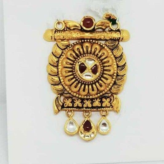 22 KT Gold Rajwadi Pendant