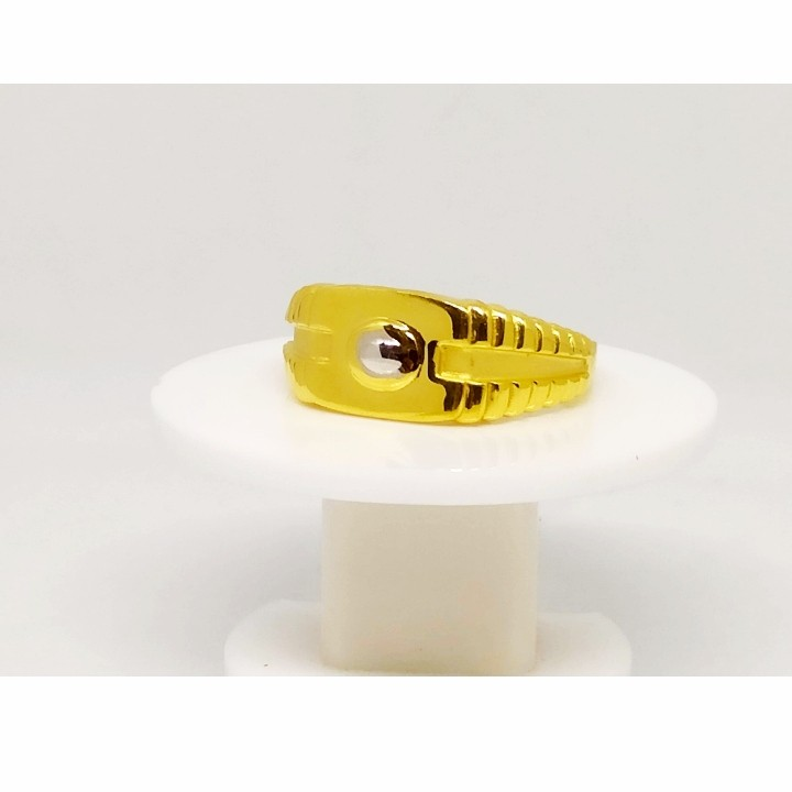 22 K Gold hand made Ring. NJ-R0741