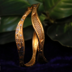 916 Gold Antique Vakiya Copper Kadli Bangle