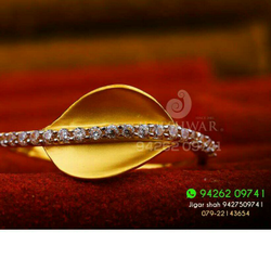 22kt Attractive Cz Gold Ladies Ring LRG -0238