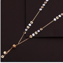18 carat rose gold ladies necklace RH-LN631