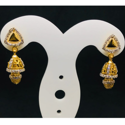 TRIANGLE DROP EARRING BT0066