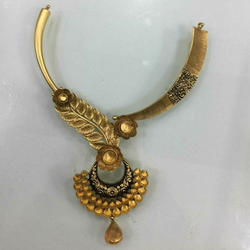 22KT Gold Ladies Jadtar Antique Necklace