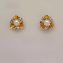 PEARL EARRING by Madhav Jewellers (TankaraWala)