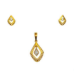 22K Gold Matte Finish Designer Pendant Set MGA - PTG0124