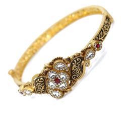 Gold Ladies Bangales (Kada) by