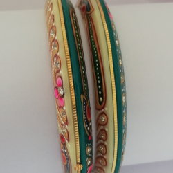 Gold Chudi Bangles by Vinayak Gold