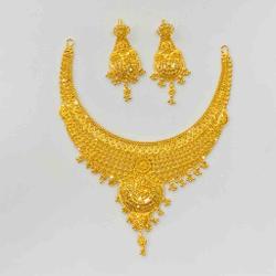 Necklace set by Prakash Jewellers