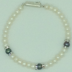 White And Black Flat Pearls With CZ Chakri 1 Layers Bracelet JBG0112