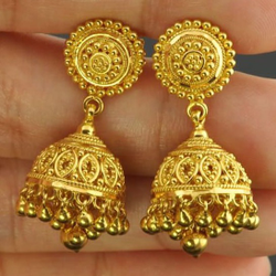 gold earrings with zummer by