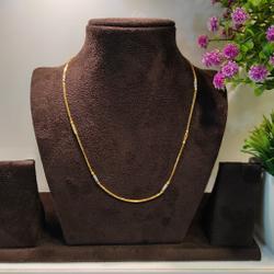 chains by Rangila Jewellers