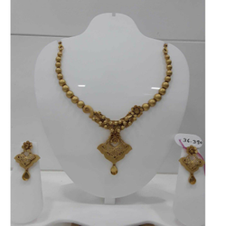 916 Antique Gold Jadtar Khokha