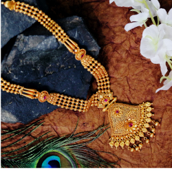 Alluring Temple Gold Necklace