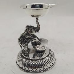 Diya Lamp by Puran Ornaments