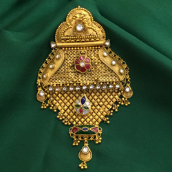 916 Gold Traditional Pendant