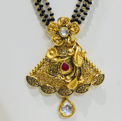 Antique Jadtar Kundan Mangalsutra Pendant with two in one use