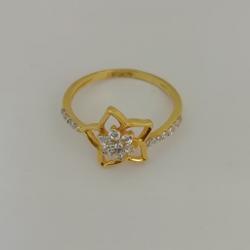 gold ledis ring by Vinayak Gold