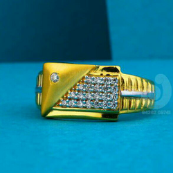 22ct Gold Attractive Cz Gents Ring