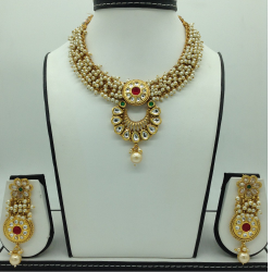 Multicolour Kundan and Pearls Jali Necklace Set JNC0123