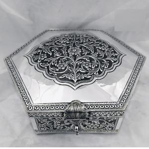 92.5 pure silver dry fruit box (pandan) in fa
