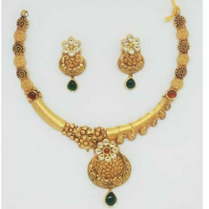 22 kt gold antique set