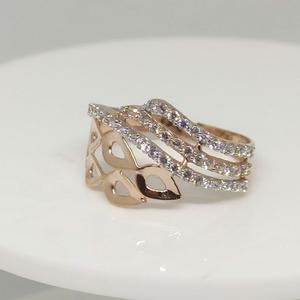 18kt rose gold ring