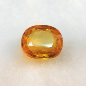 3.98ct (4.37 ratti) oval natural ye