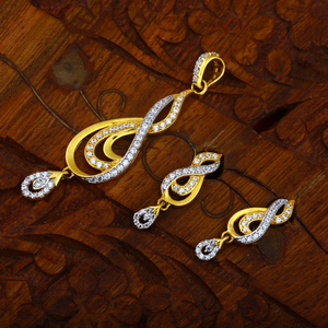 916 cz gold hallmark pendant set