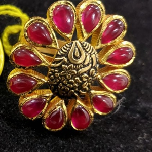 22 k 916 gold jadtar ring
