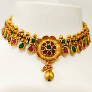 Antique gold plated flower work design choker