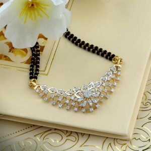 18kt yellow gold fancy bridle mangalsutra for