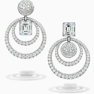 Designer white gold earring