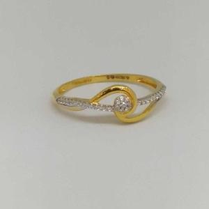 18kt gold ladies branded ring
