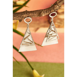 92.5 sterling silver triangle shaip designing