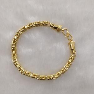 916 gold fancy gent's bracelet