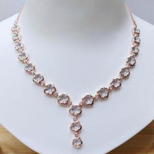 18k rose gold plated floral design necklace v