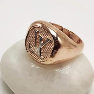 Ring fancy