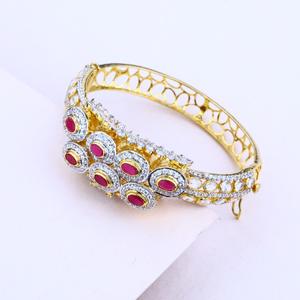 Ladies gold italian kada bracelet-lib16