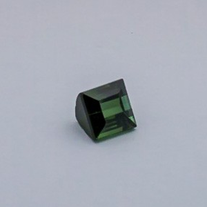 4.165ct square green tourmaline