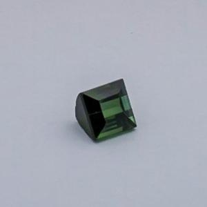 4.165ct square green tourmaline