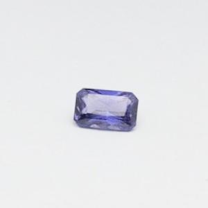 1.66ct square violet sapphire
