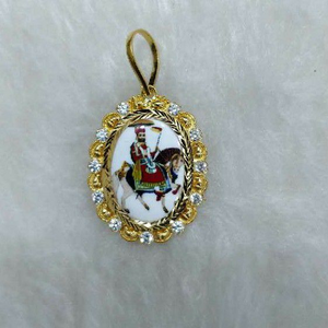 22kt gold religious ramapir photo pendant