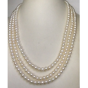 Freshwater white round pearls necklace 3 laye
