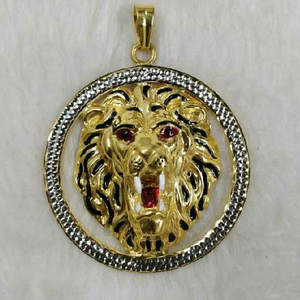 916 gold lion round pendant