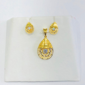 22 karat, 916 hall-marked, yellow gold bell t