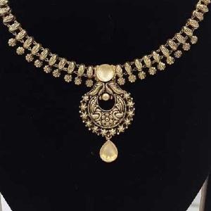 Antique jadtar khokha style  with  black pali